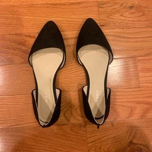 Old Navy Pointy-Toe D'Orsay Flats. Size 6